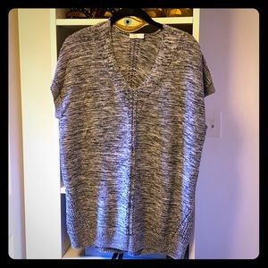Vince sleeveless tunic sweater. Size S.
